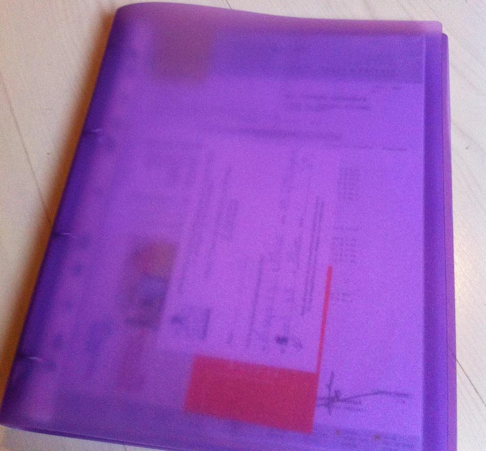 Classeur violet